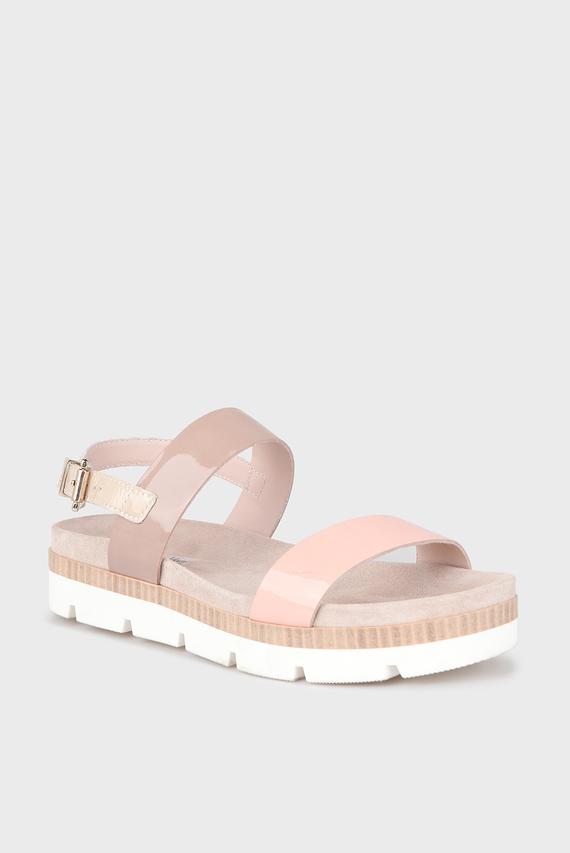 Женские пудровые кожаные сандалии