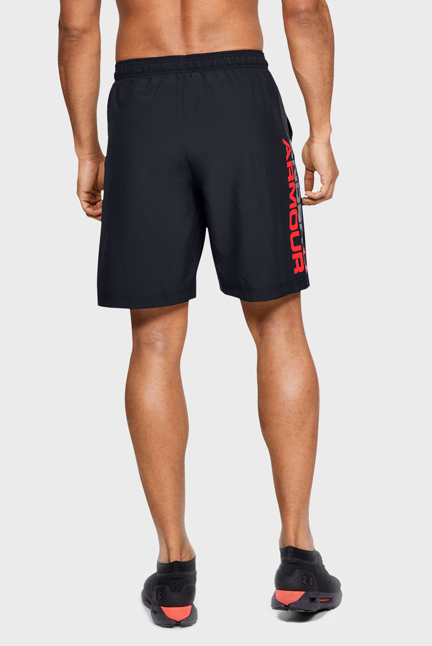 Мужские черные шорты Woven Graphic Wordmark Shorts-BLK Under Armour
