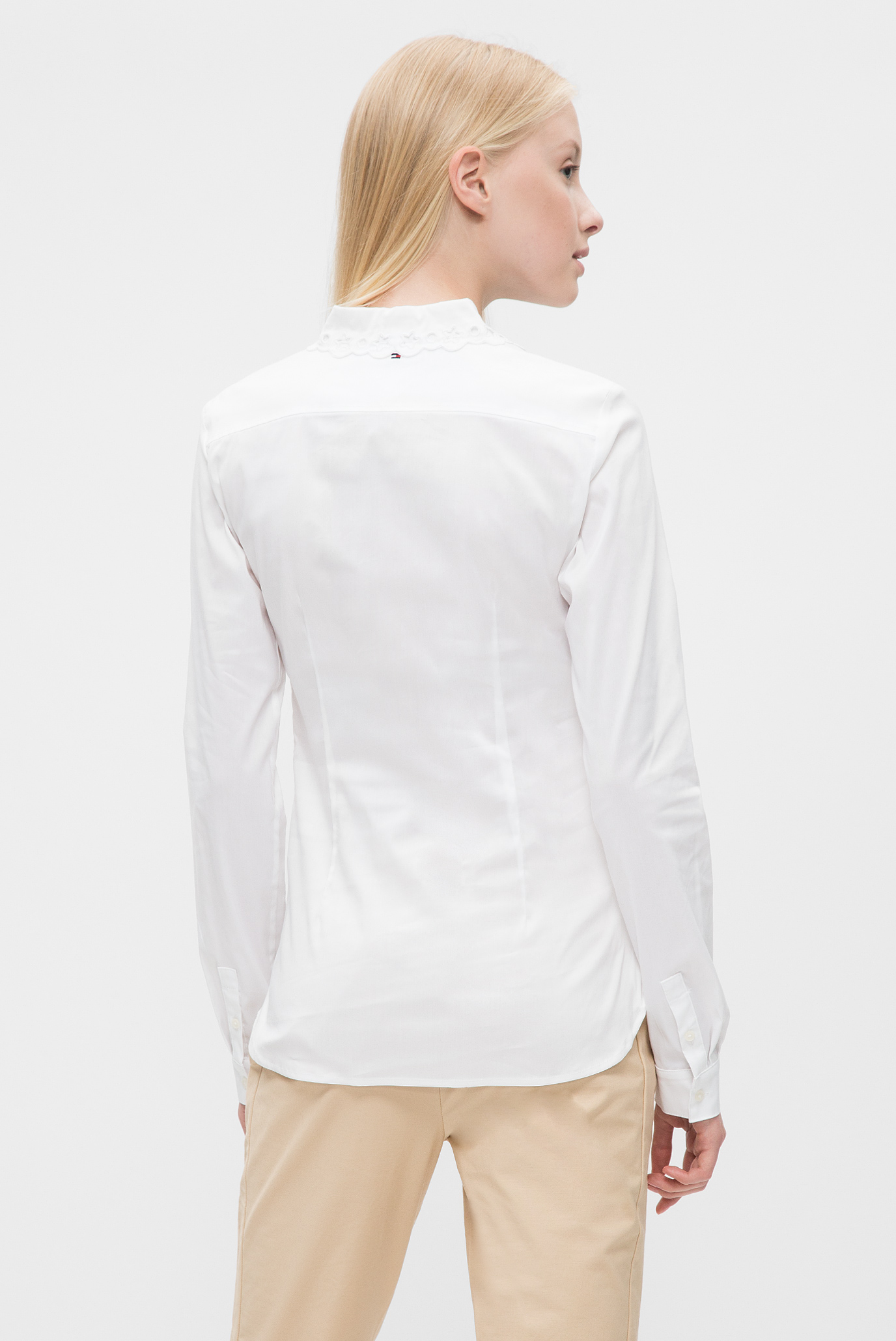 Купить Женская белая блуза  Tommy Hilfiger Tommy Hilfiger WW0WW21499 – Киев, Украина. Цены в интернет магазине MD Fashion