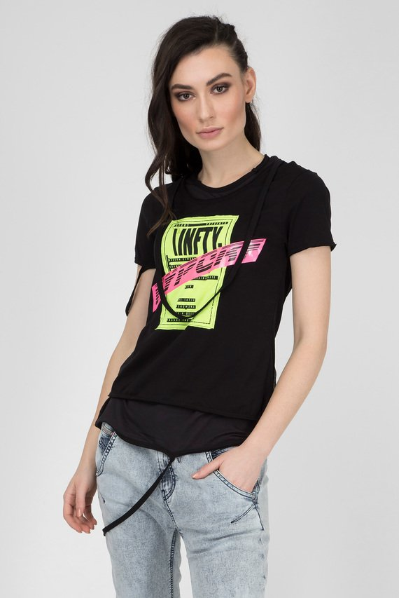 f8283261251 Женская черная футболка T-EMIKO-B Diesel 3 490 грн. product. Женская черная удлиненная  майка T-DESY-C ...