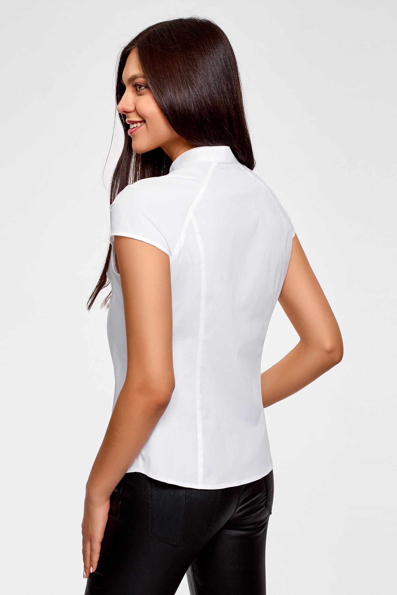 7bc8dab076d69ef Купить Женская белая рубашка Oodji Oodji 13K03006B/26357/1000N – Киев,  Украина. Цены в интернет магазине MD Fashion