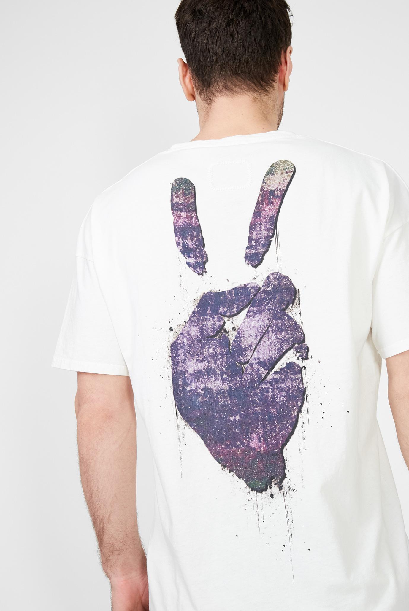 Мужская белая футболка Peace Arne Tigha