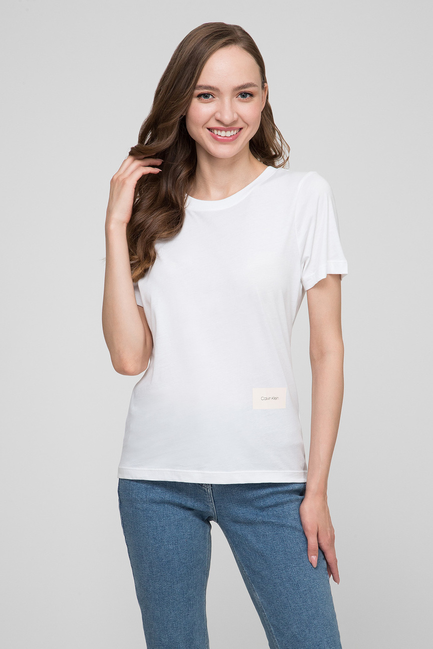 Женская белая футболка SMALL LOGO PATCH TEE