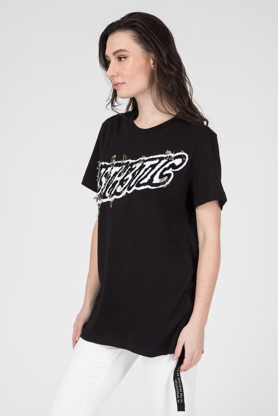 Женская черная футболка
