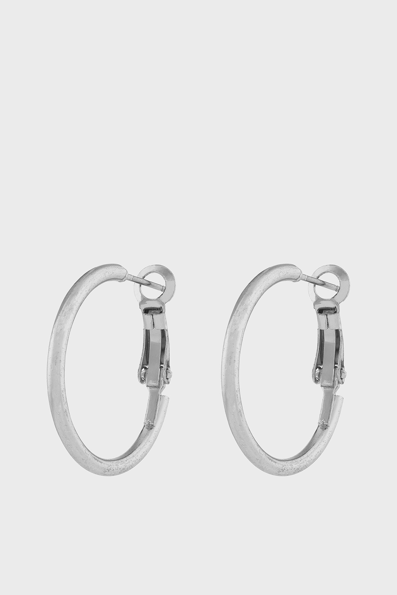 Купить Женские серебристые серьги SMALL SIMPLE HOOP Accessorize Accessorize 381807 – Киев, Украина. Цены в интернет магазине MD Fashion
