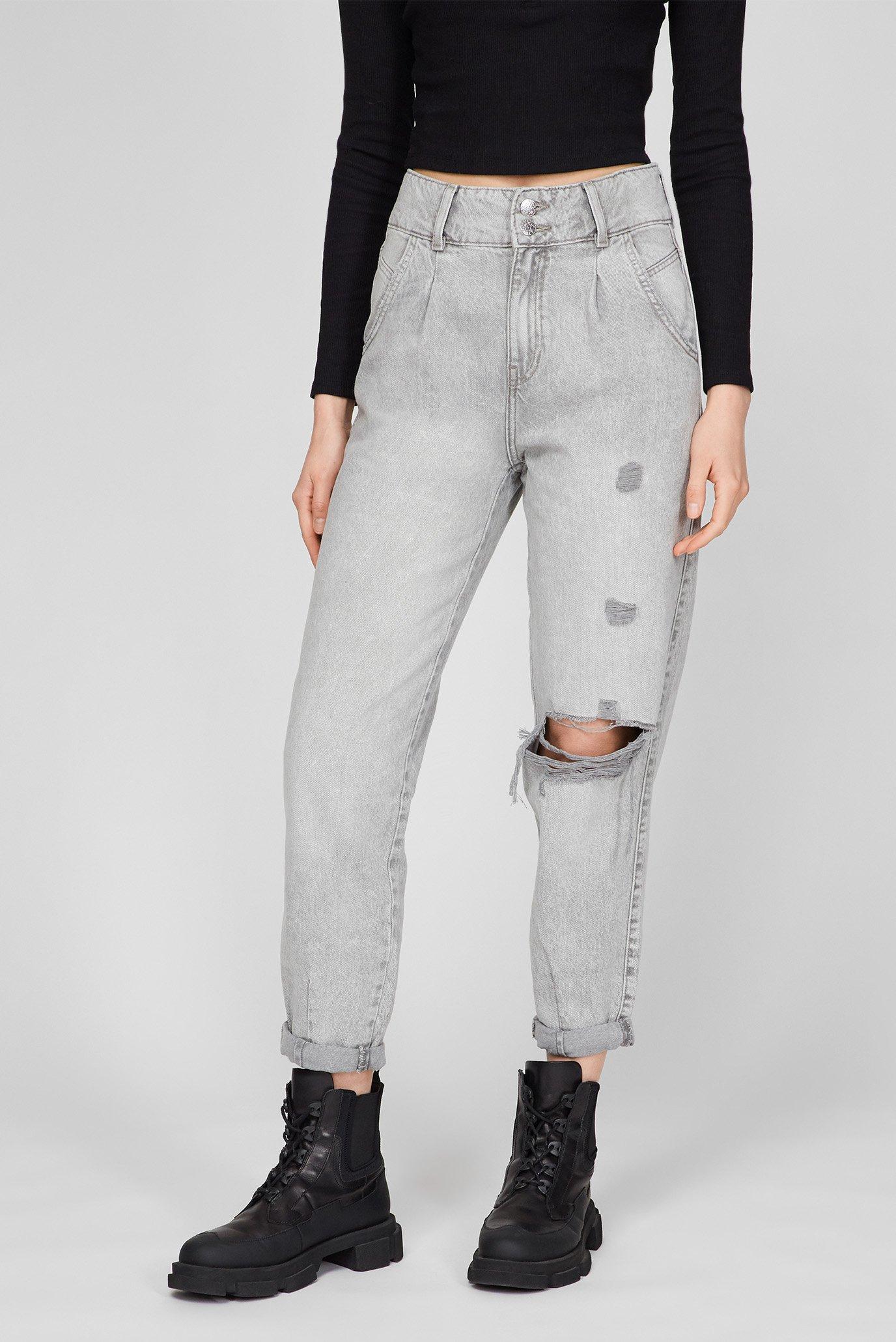 Женские светло-серые джинсы 1