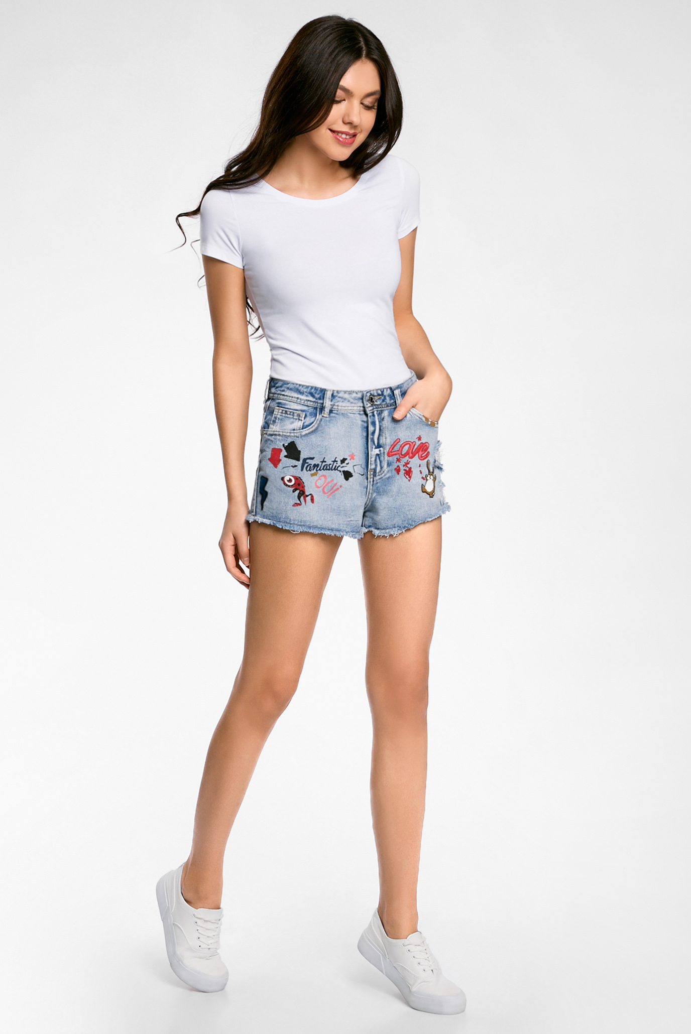 Короткие женские шорты в картинках