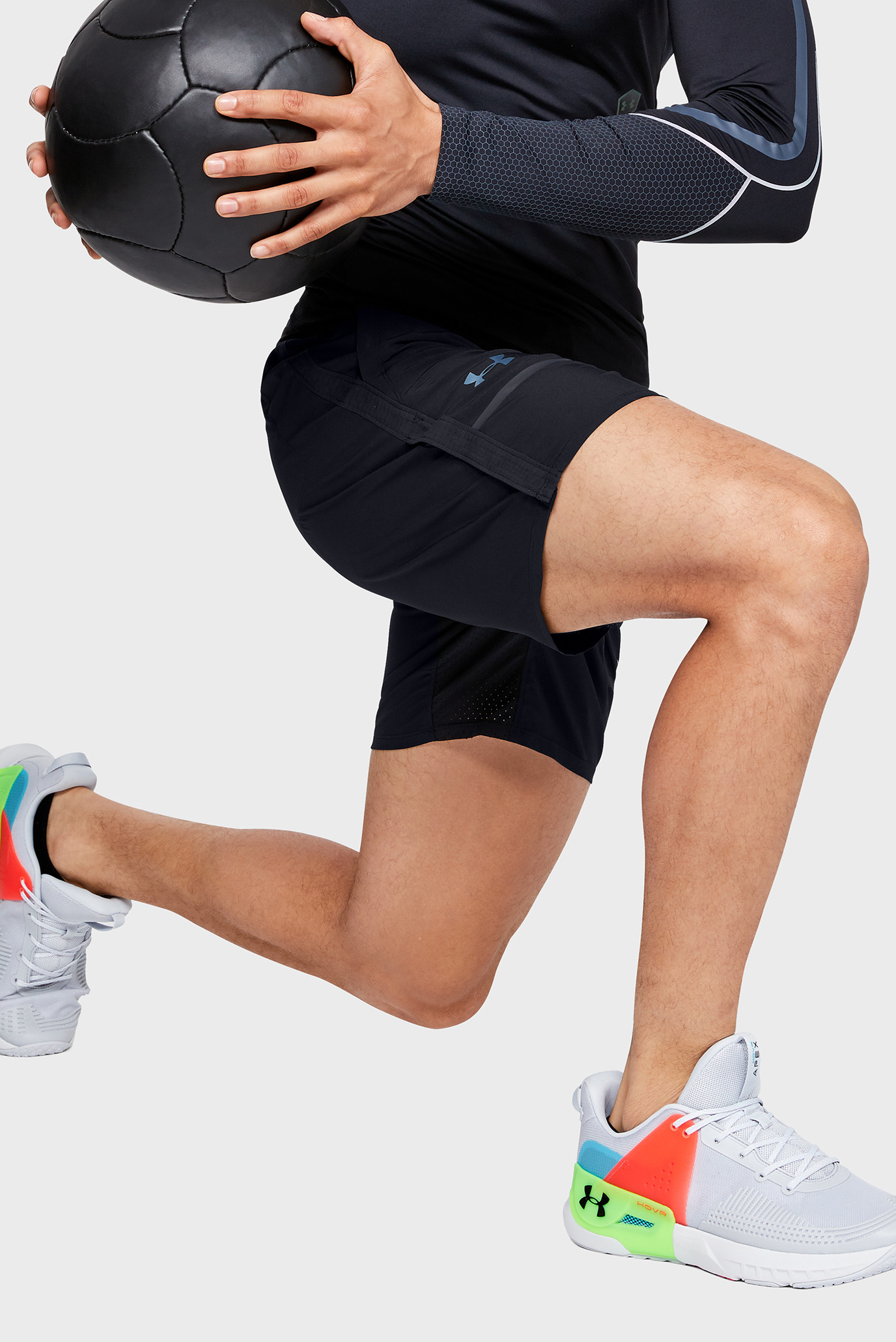 Мужские черные шорты Perpetual Train Short-BLK Under Armour