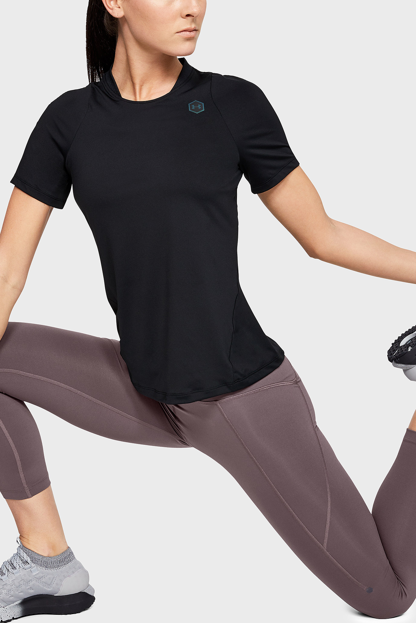 Купить Женская черная футболка UA Rush Under Armour Under Armour 1332468-001 – Киев, Украина. Цены в интернет магазине MD Fashion