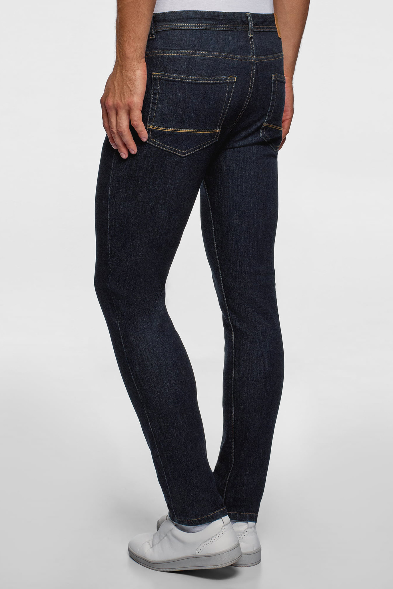 Купить Мужские темно-синие джинсы Oodji Oodji 6L120137M/46627/7800W – Киев, Украина. Цены в интернет магазине MD Fashion