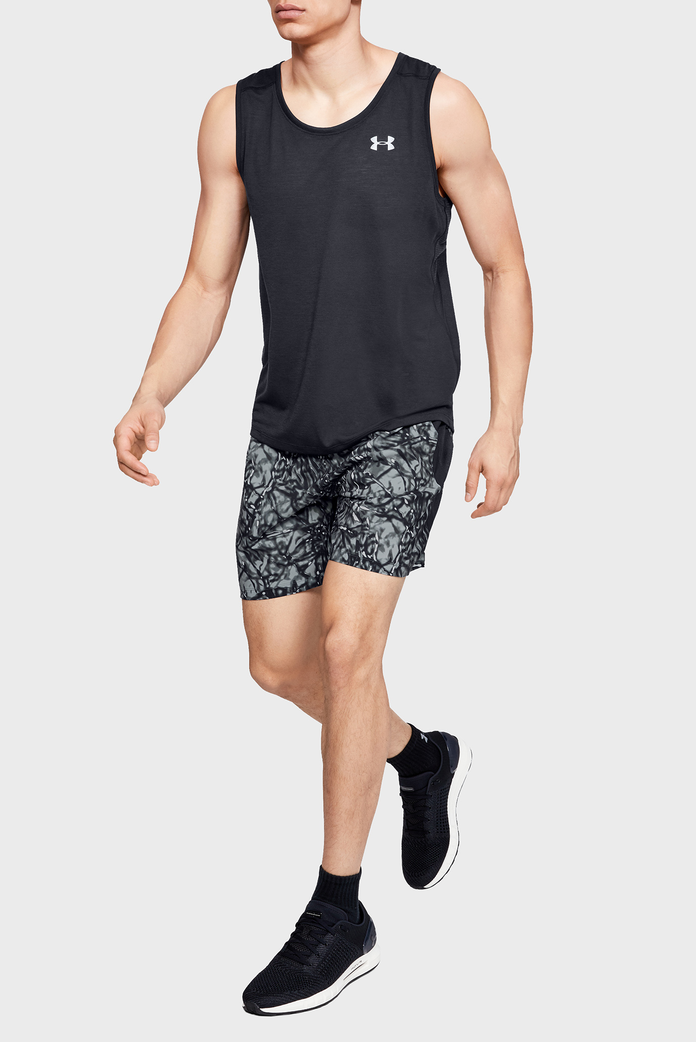 Мужские шорты с принтом UA LAUNCH SW 7'' PRINTED SHORT-BLK Under Armour