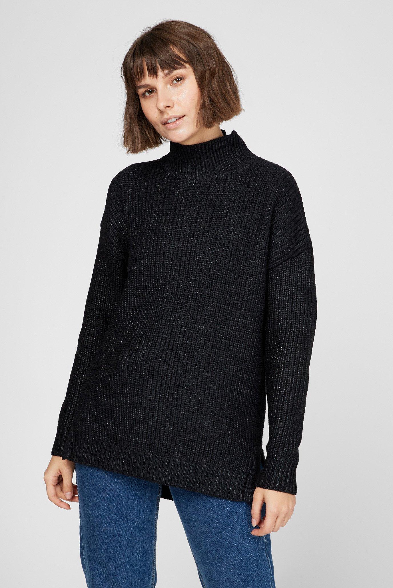 Женский черный свитер 1