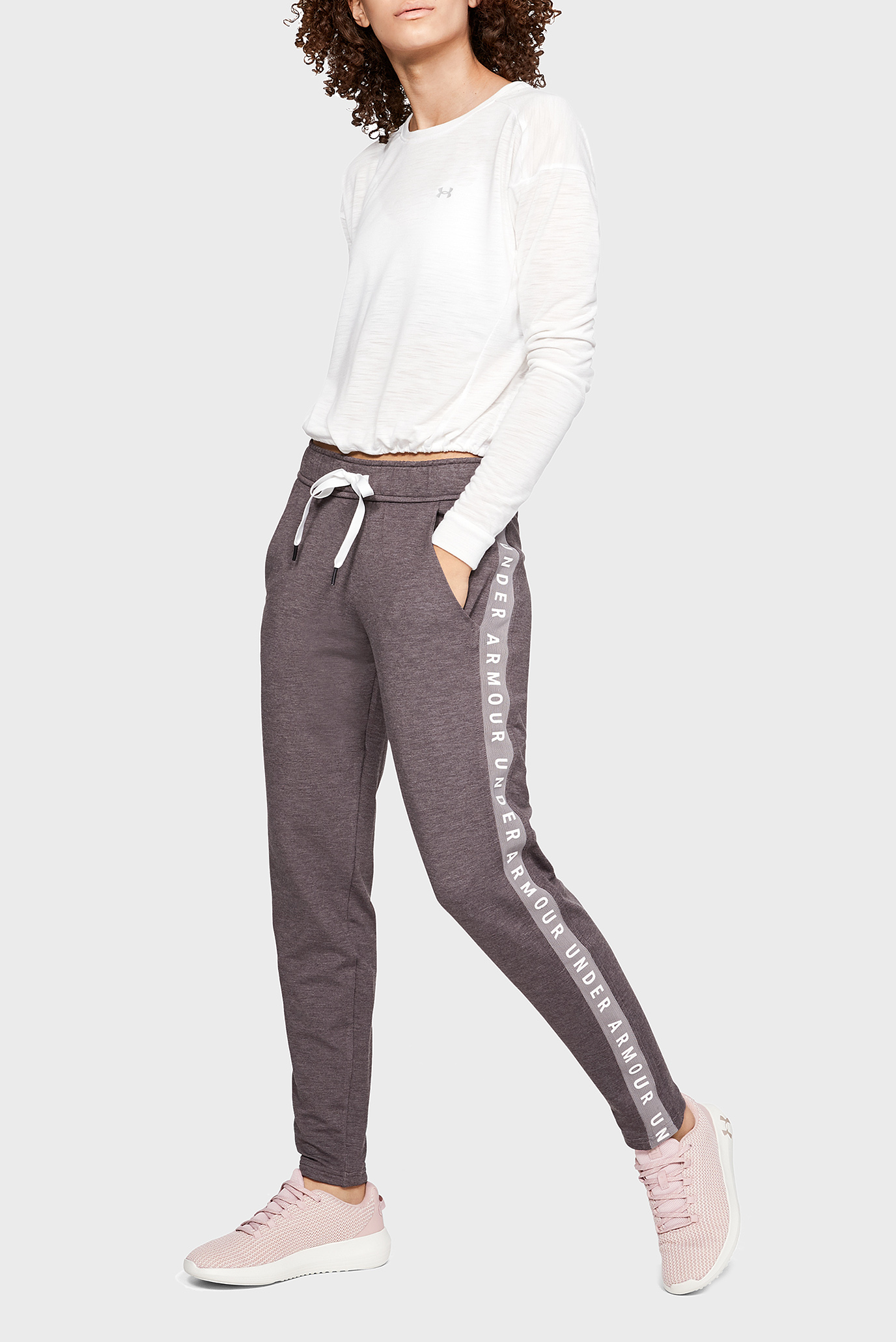 Женские серые спортивные брюки Featherweight Under Armour