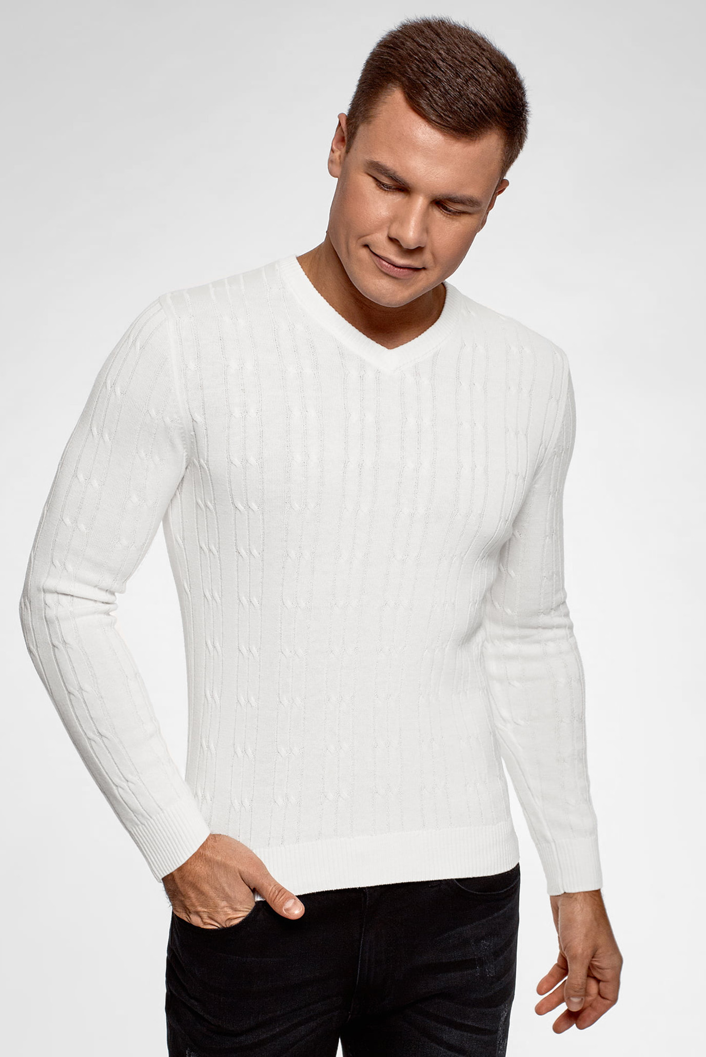 3357b4c59b924 Купить Мужской белый пуловер Oodji Oodji 4L212169M/25255N/1200N – Киев,  Украина. Цены в интернет магазине MD Fashion