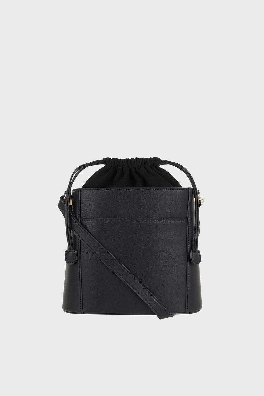 Женская черная сумка через плечо OLIVIA BUCKET XBODY