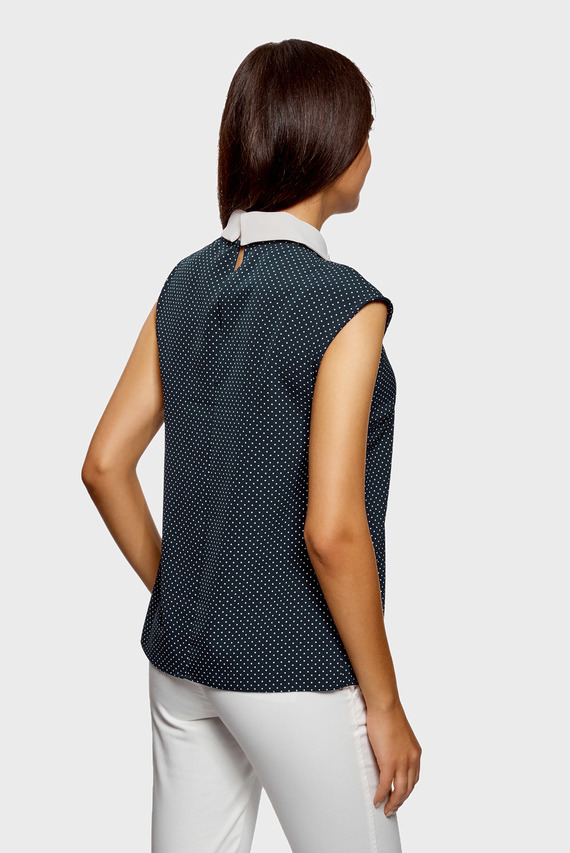 Женская синяя блуза без рукавов