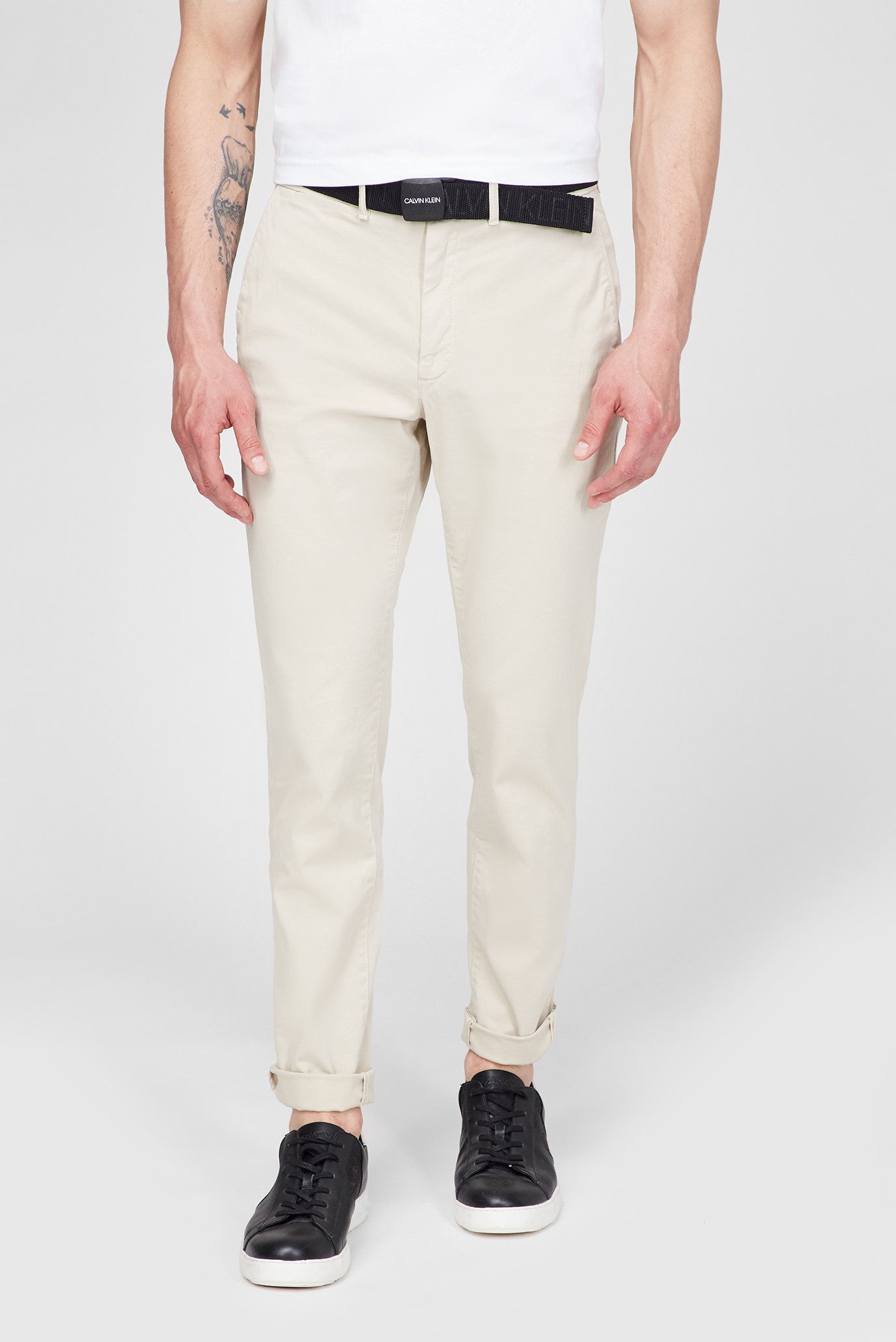 Мужские бежевые брюки SLIM FIT GARMENT DYE CHINO BELT 1