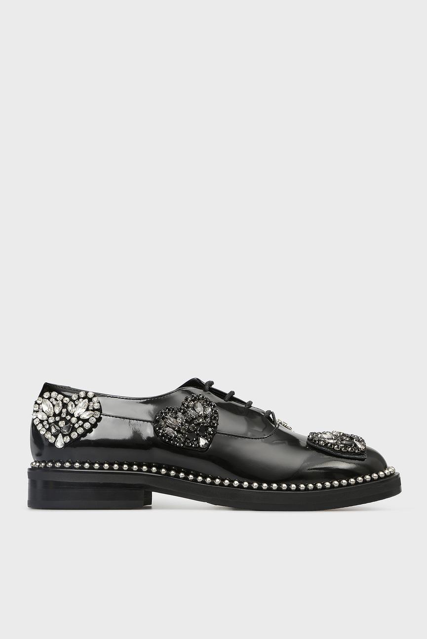 Женские черные кожаные туфли с кристаллами