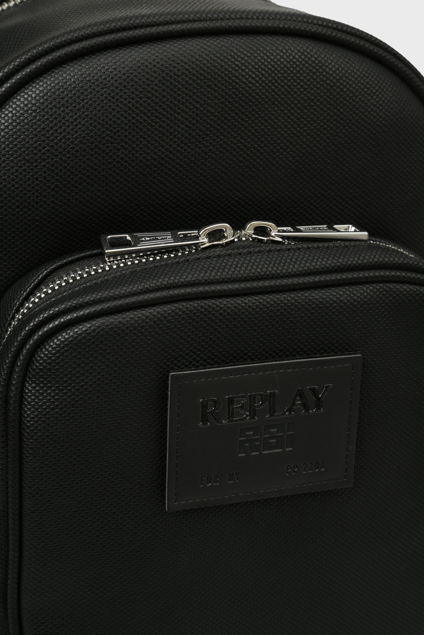 Купить Мужской черный рюкзак Replay Replay FM3364.000.A0375 – Киев, Украина. Цены в интернет магазине MD Fashion