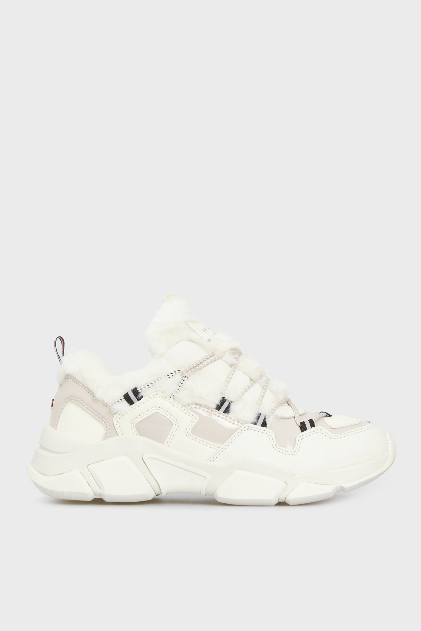 Жіночі білі кросівки 1
