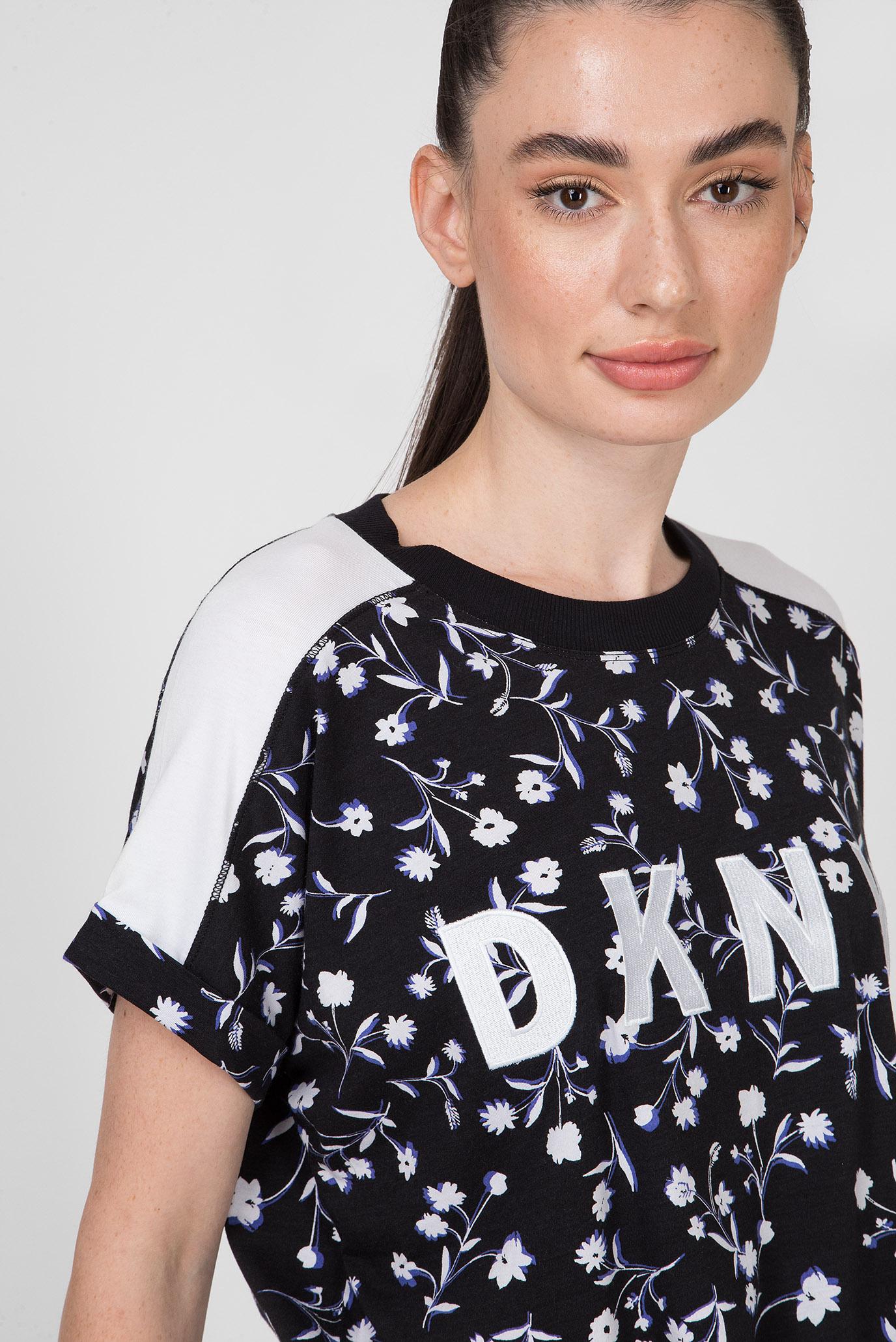 Купить Женская черная футболка RELAXED TEE-PRINTED DKNY DKNY DP9T6521 – Киев, Украина. Цены в интернет магазине MD Fashion