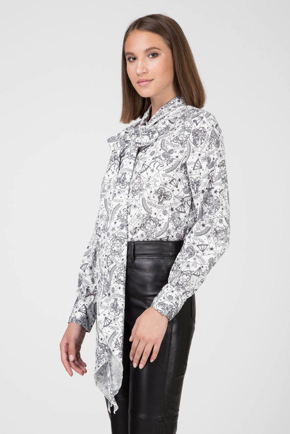 Женская белая блуза с принтом ZENDAYA AF