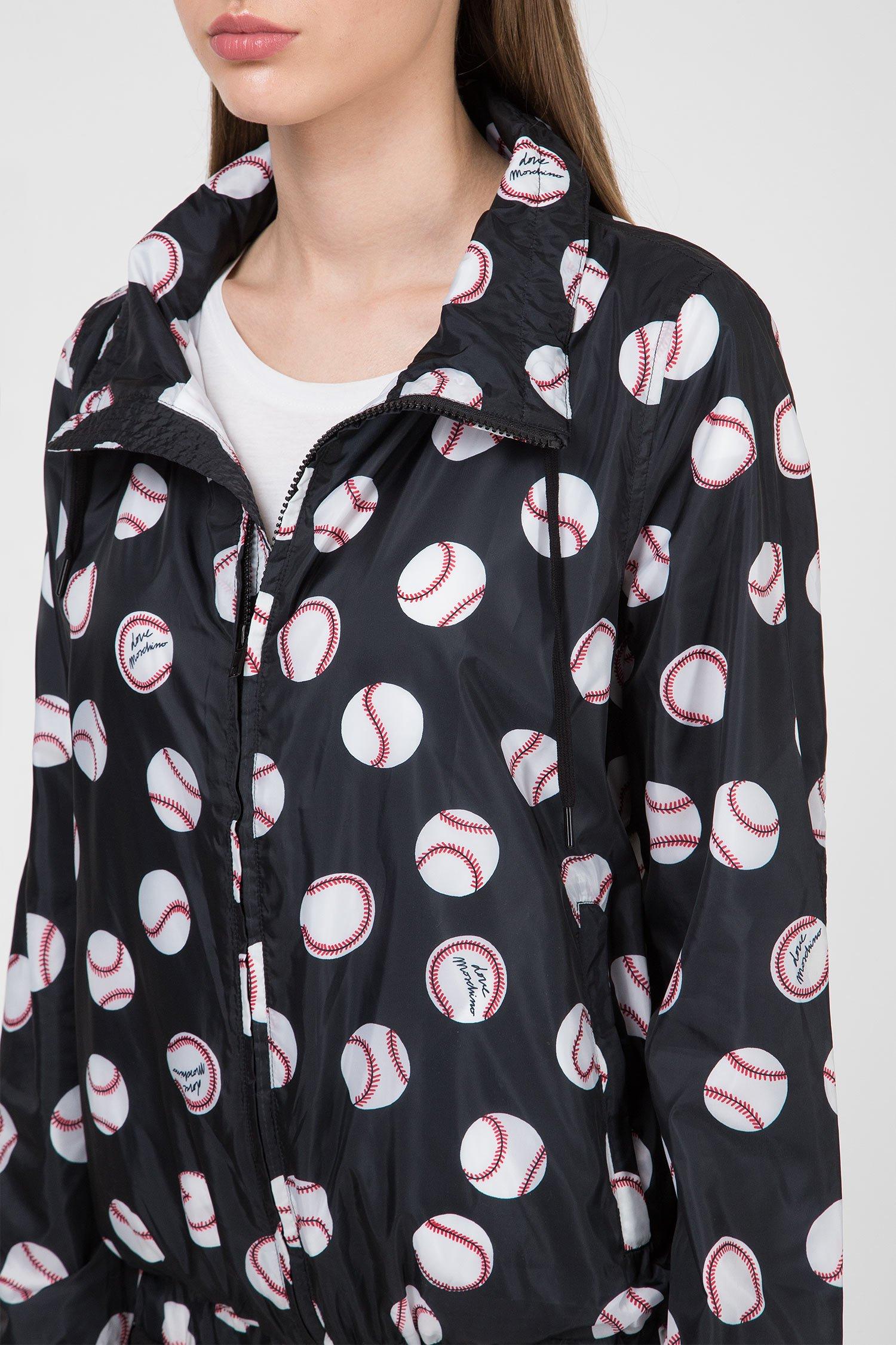 Купить Женская черная ветровка с принтом Love Moschino Love Moschino WH67780T96990004 – Киев, Украина. Цены в интернет магазине MD Fashion