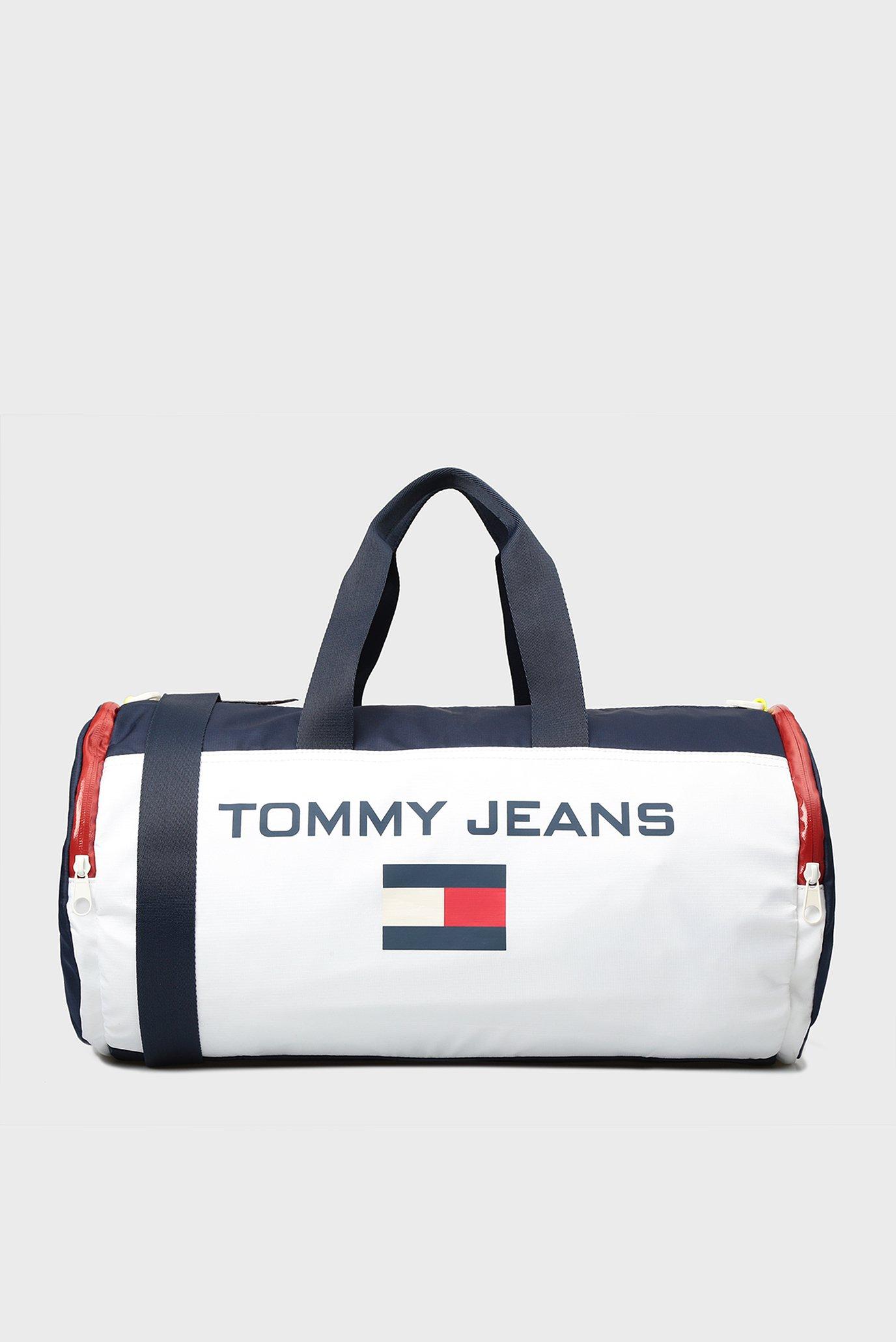 8bdede529a5e Купить Белая спортивная сумка Tommy Hilfiger Tommy Hilfiger AU0AU00231 –  Киев, Украина. Цены в интернет магазине MD Fashion