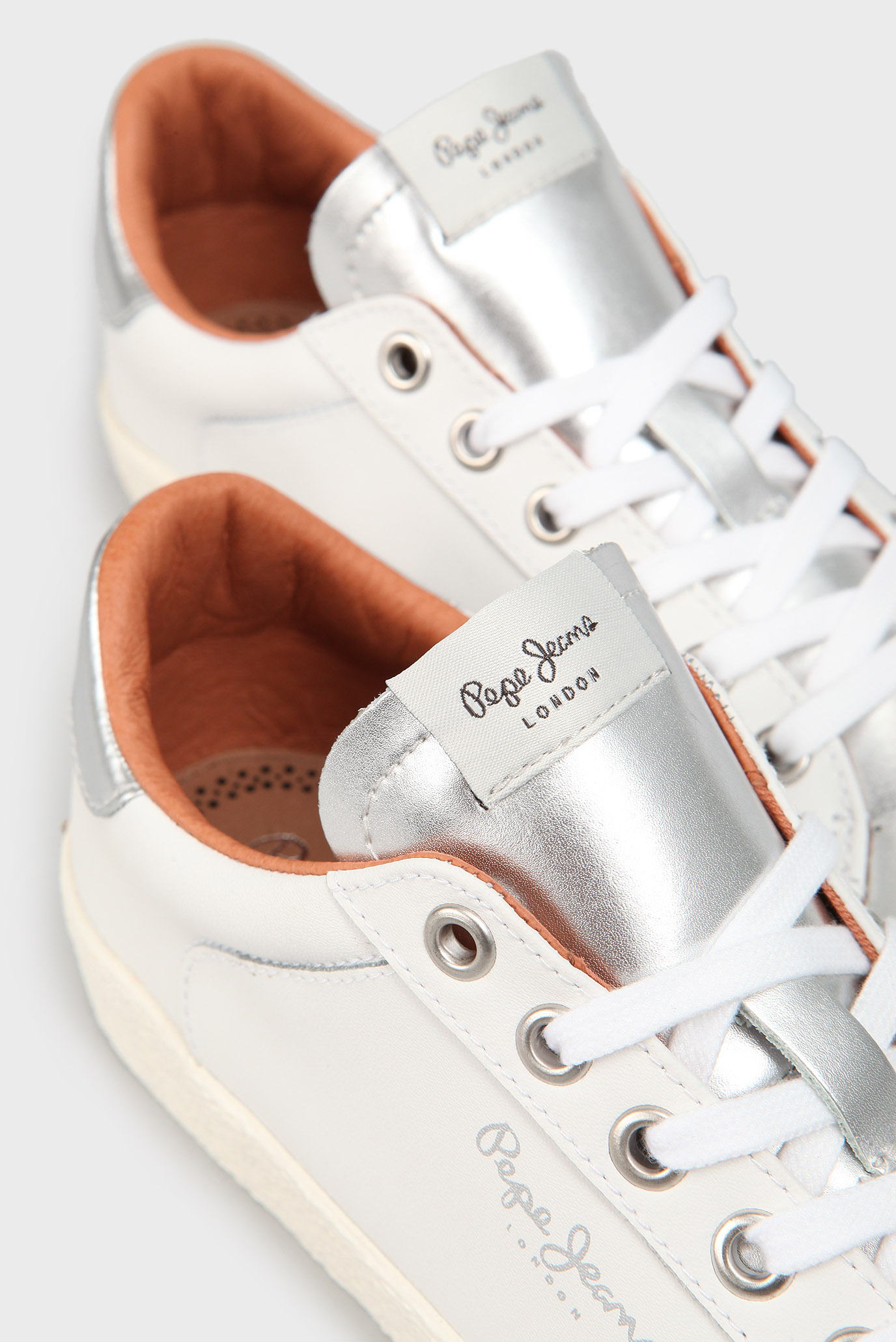 Купить Женские белые кожаные сникеры Pepe Jeans Pepe Jeans PLS30695 – Киев, Украина. Цены в интернет магазине MD Fashion