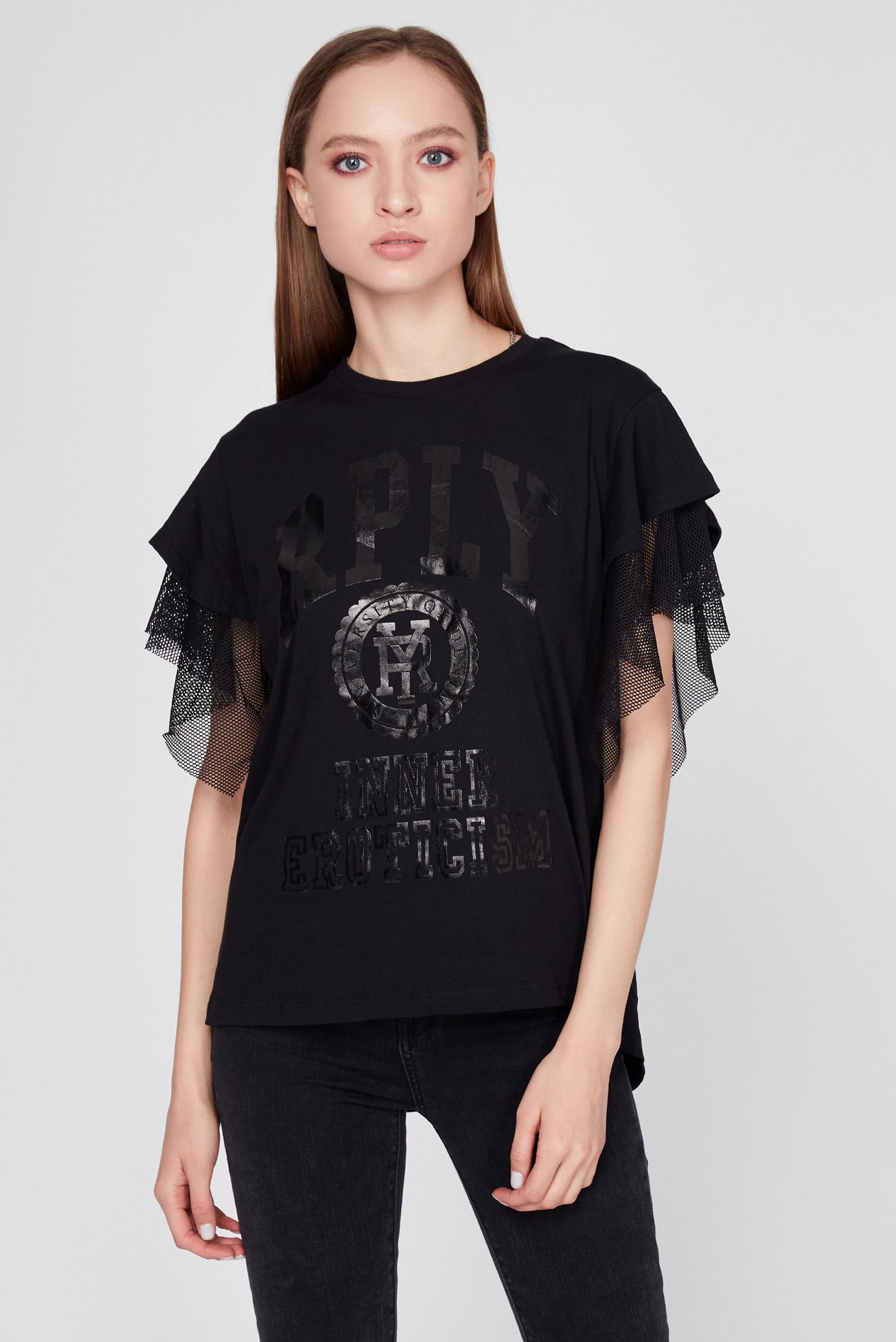 Жіноча чорна футболка з принтом 1