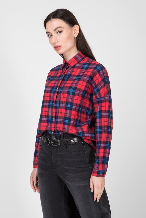 Женская красная рубашка в клетку
